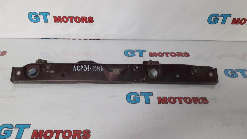Рамка радиатора Toyota Bb NCP31 1NZ-FE 2001