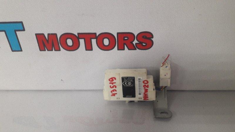 Блок управления дверьми Toyota Prius NHW20 1NZ-FXE 2005