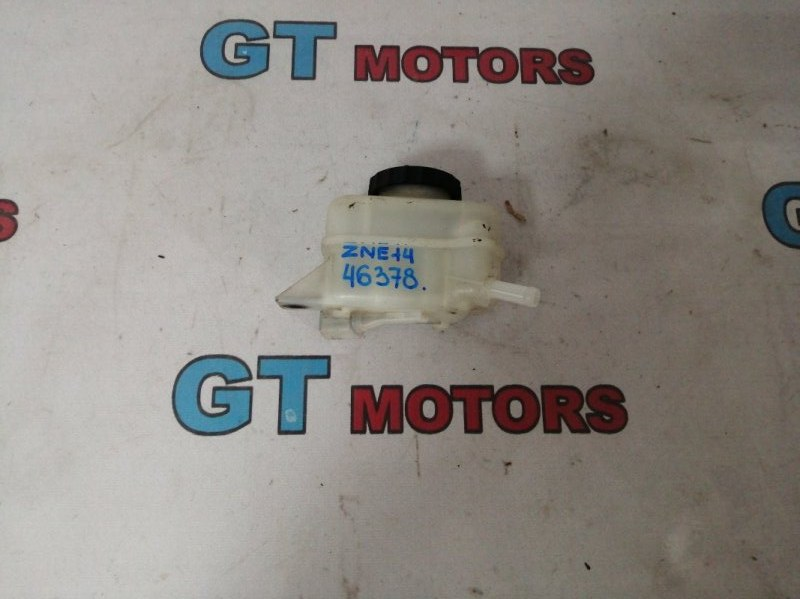 Бачок тормозной Toyota Wish ZNE14G 1ZZ-FE 2004