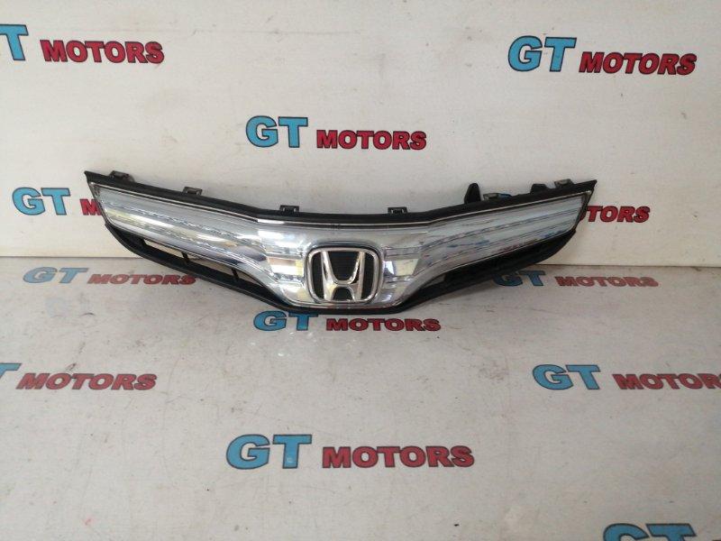 Решетка радиатора Honda Fit GP1 LDA 2010