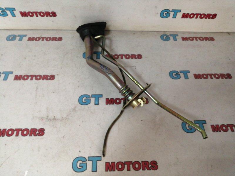 Горловина топливного бака Toyota Chaser JZX100 1JZ-GE 1997