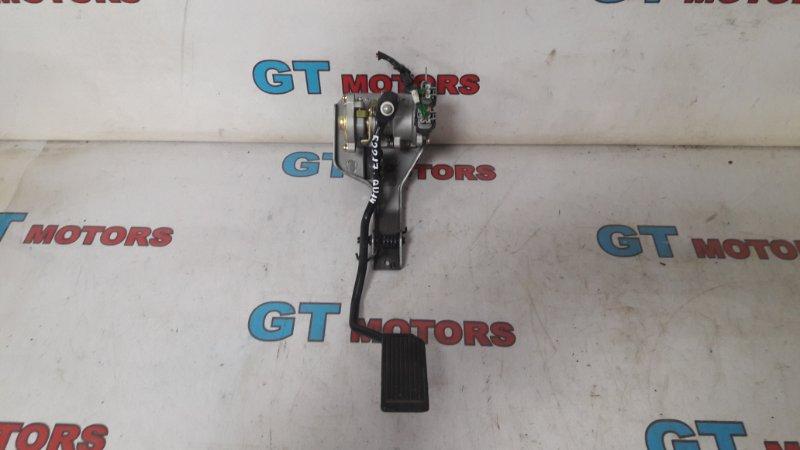 Педаль Nissan Bluebird QU14 QG18DD 1999