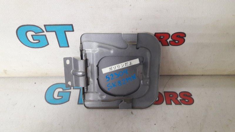 Лючок топливного бака Nissan Vanet SK82MN F8 2004