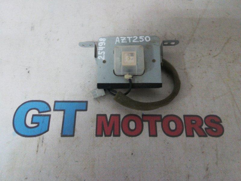 Антенна Toyota Avensis AZT250 1AZ-FSE 2004