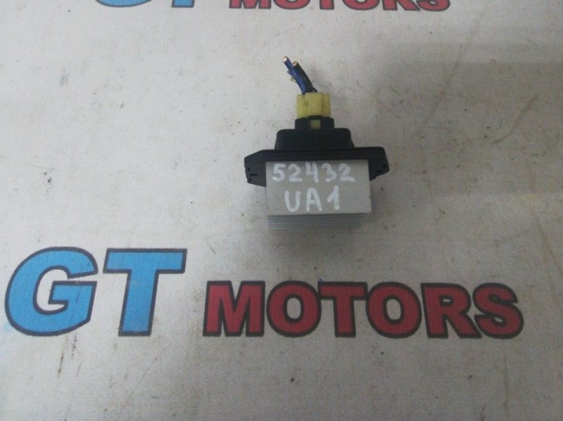 Реостат печки Honda Saber UA1 G20A 1997