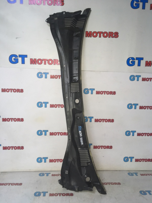 Решетка под лобовое стекло Toyota Premio AT210 4A-FE 1997