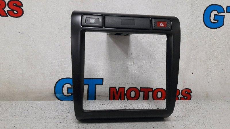 Рамка магнитофона Nissan Bluebird QU14 QG18DD 1999