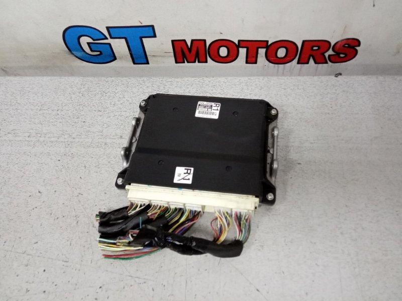 Компьютер (блок управления) Toyota Isis ZGM10G 2ZR-FAE