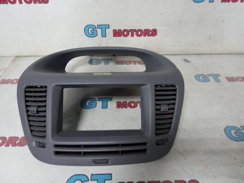 Рамка магнитофона Toyota Nadia SXN10 3S-FE 1999
