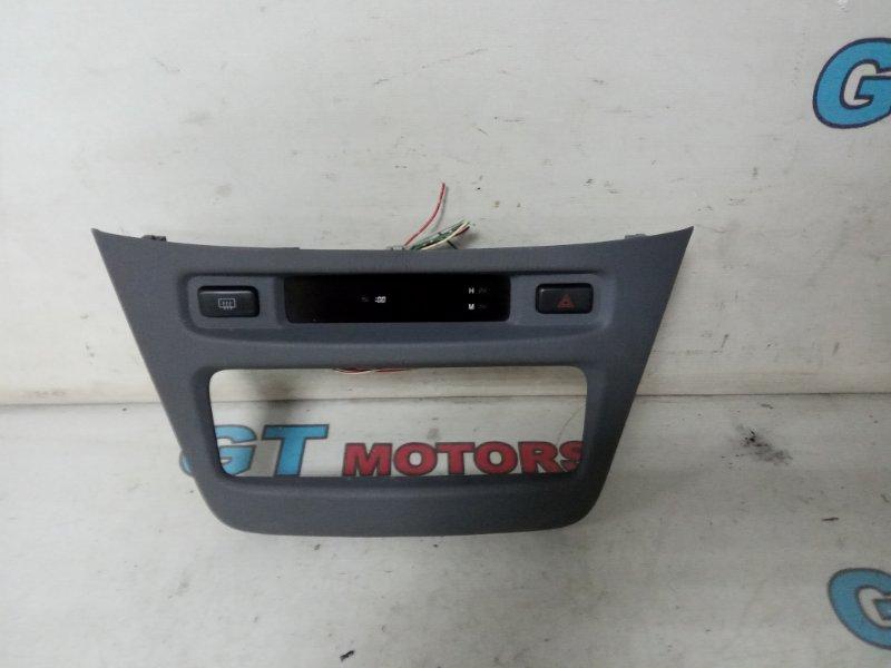 Консоли панели приборов Toyota Nadia SXN10 3S-FE 1999