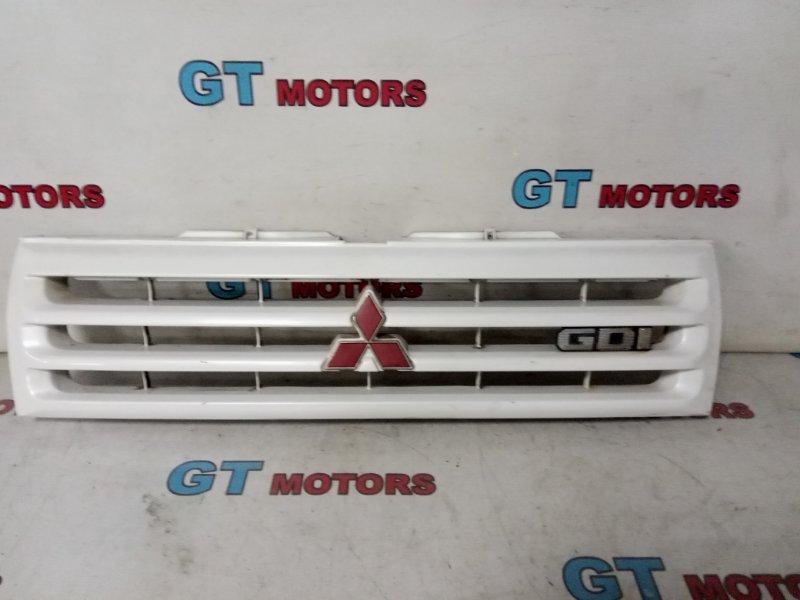 Решетка радиатора Mitsubishi Pajero Io H76W 4G93 2000