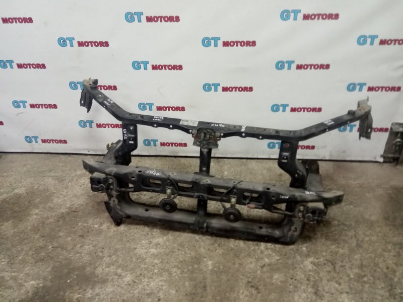 Рамка радиатора Mitsubishi Airtrek CU4W 4G64