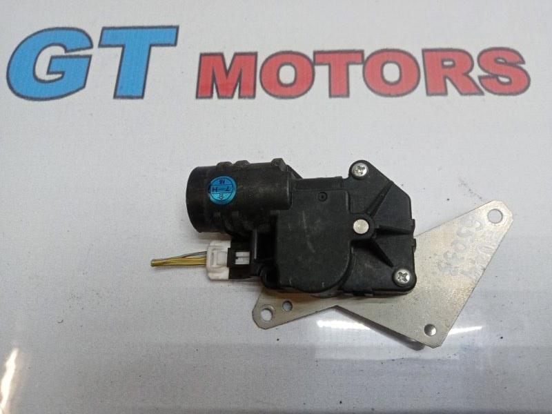 Привод заслонок отопителя Nissan Bluebird EU14 SR18DE 1997