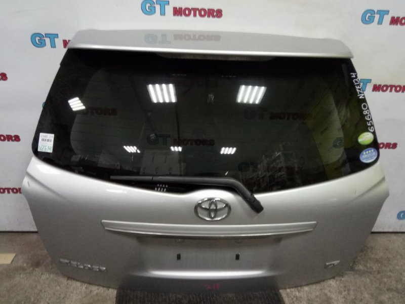 Дверь задняя багажника Toyota Corolla Fielder NZE141 1NZ-FE 2010