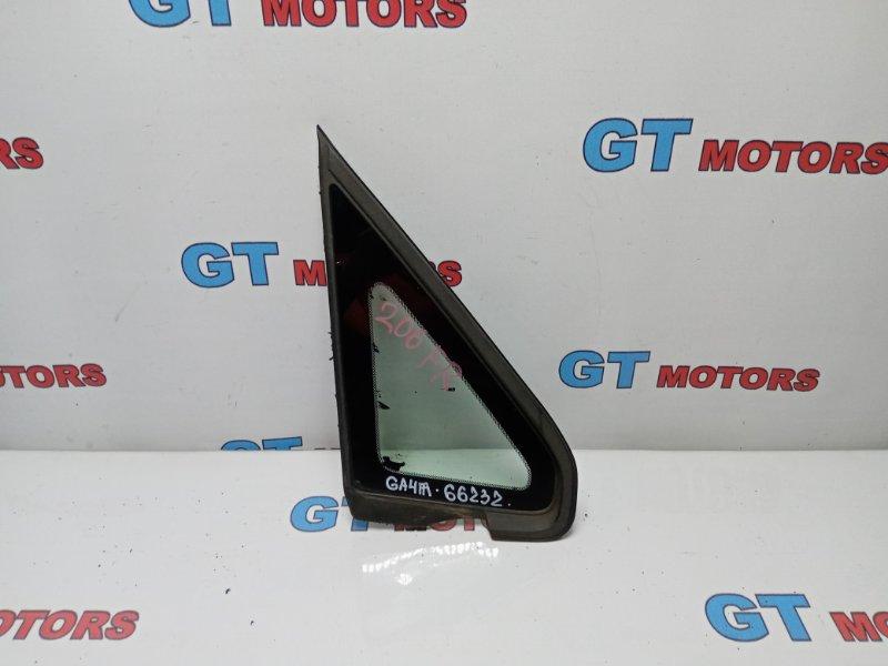 Стекло боковое Honda Capa GA4 D15B 1998 переднее правое