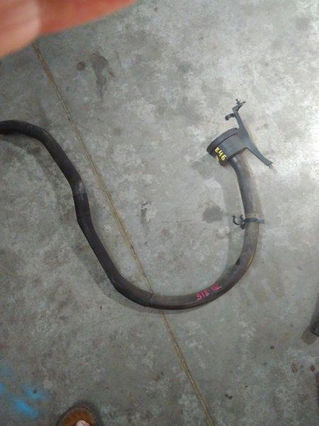 Сапун Bmw 318I E46 N42B20A 2002 + патрубок (снято с радиатора)