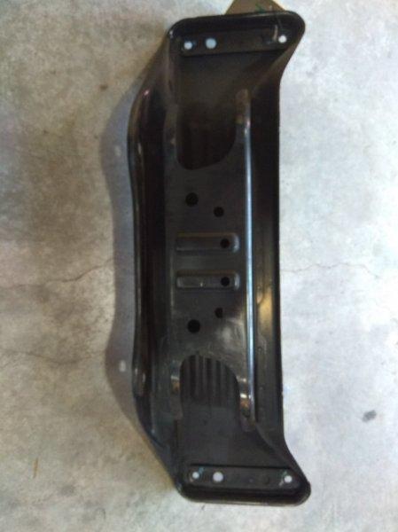 Балка поперечная Subaru R2 RC1 задняя задняя под тяги /К65