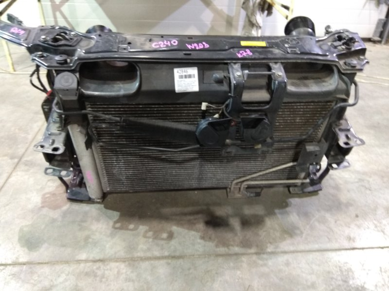 Рамка радиатора Mercedes-Benz C240 203.061 112.912 2000 железная в сборе с радиатором ДВС (с