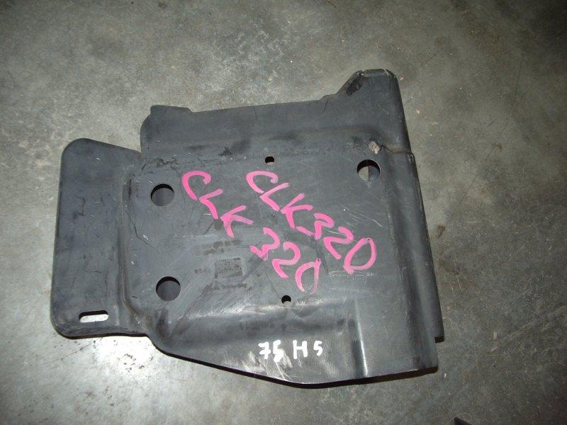 Защита Mercedes-Benz Clk320 208.365 112.940 1997 202478003 Кожух топливного насоса