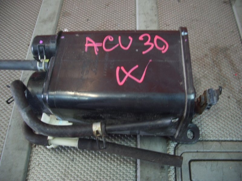 Бачок обратки топлива Toyota Harrier ACU30W 2AZ-FE 2003 абсорбер бензиновый (уловитель паров