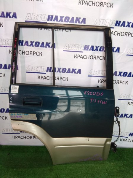 Дверь Suzuki Escudo TD11W H20A 1994 задняя правая т.син/серебро б/форточки/вмятинка
