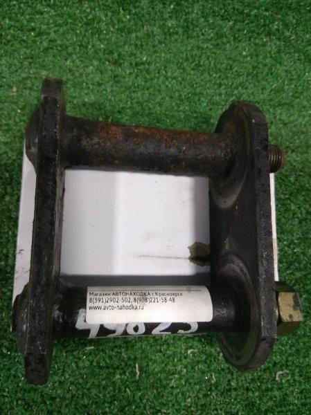 Серьга рессоры Mitsubishi Canter FB501B 4M40 1994 задняя задней рессоры-задняя