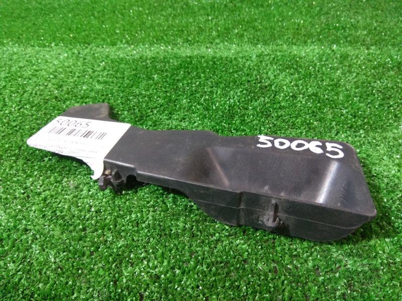 Защита радиатора Toyota Probox NCP50V 2NZ-FE 2002 53286-52030 направляющая воздушного потока левая
