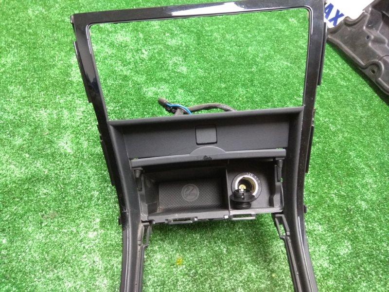 Консоль между сидений Mazda Atenza GH5FS L5-VE (М50) облицовка центральная нижняя под климат +