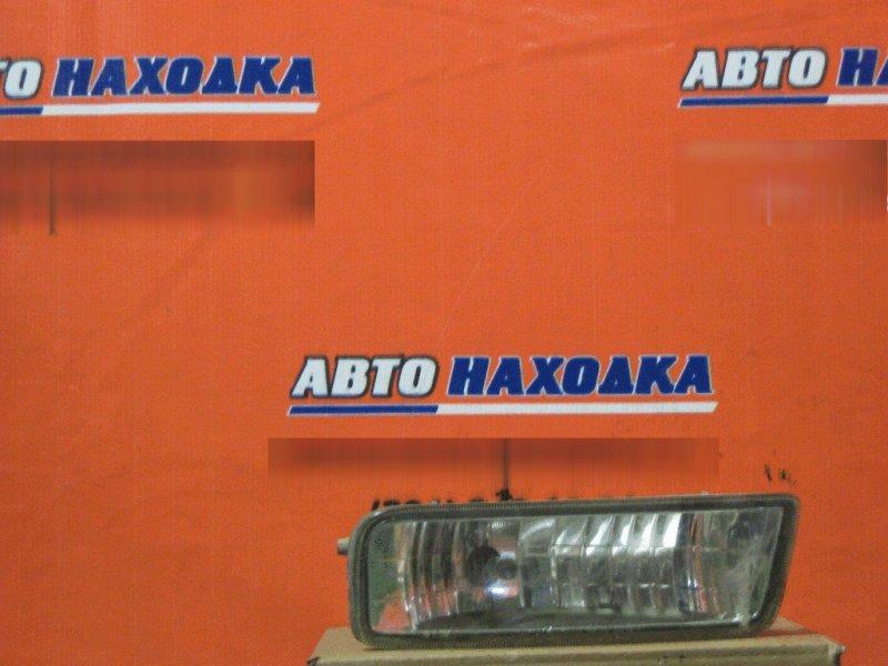 Фара противотуманная Toyota Townace Noah SR50 3S-FE передняя правая 20126