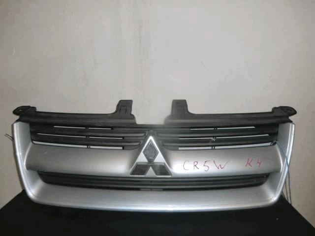 Решетка радиатора Mitsubishi Dion CR9W 4G63 серебро