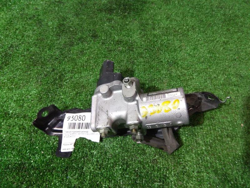 Распределитель тормозного усилия Toyota Prius NHW20 1NZ-FXE 2003 47270-47010 регулятор давления