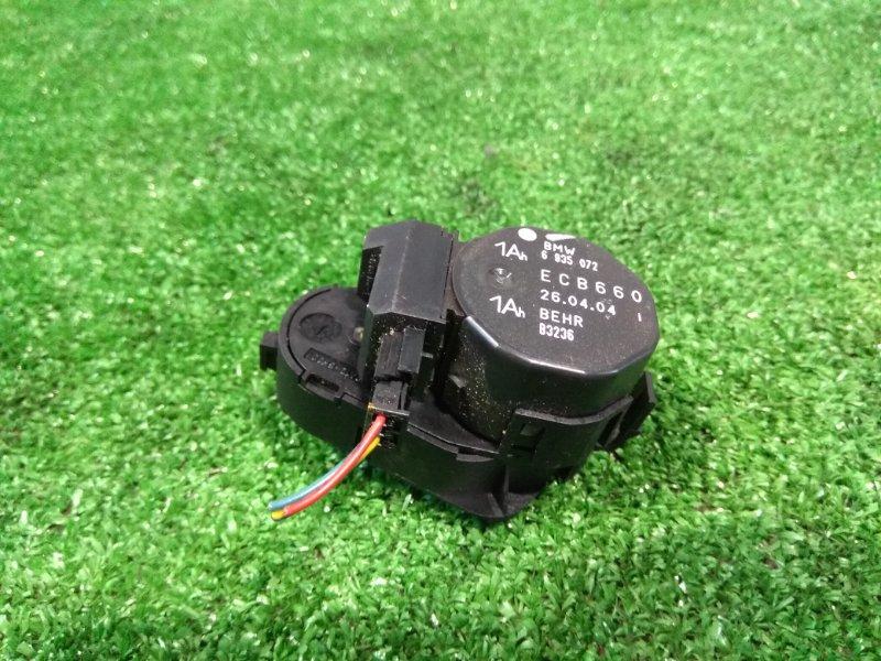 Привод заслонок отопителя Bmw 735I E65 N62 B36A 2001 задний правый 64116935072 заслонки правый задний