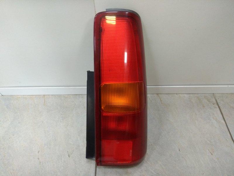 Фонарь задний Suzuki Jimny JB23W K6A задний правый 220-32081 R 220-32081 красно-оранжев.