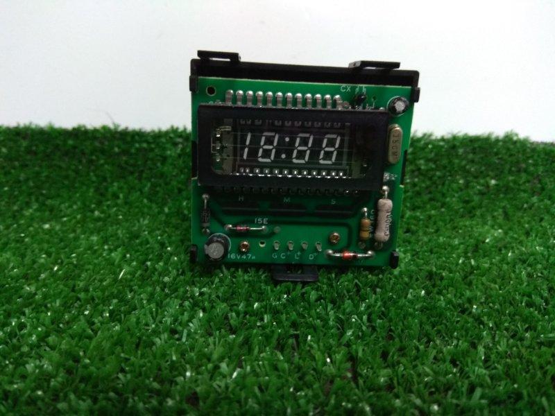 Часы Toyota Carina AT190 1992 83910-20660