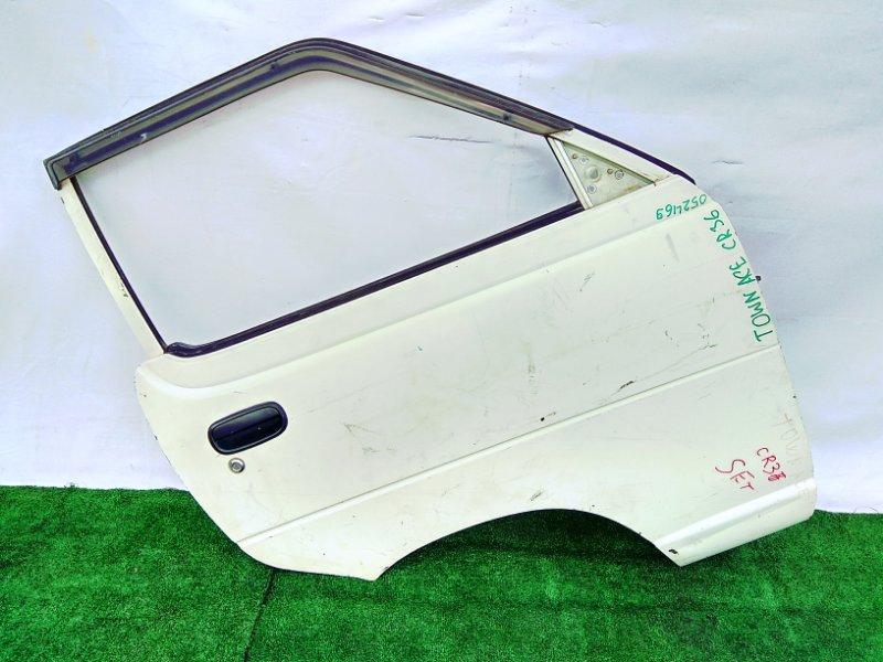 Дверь Toyota Townace CR36V 2C 1985 передняя правая Голая!!!