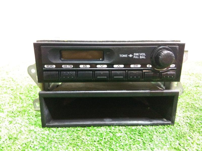 Магнитола Mitsubishi Fuso Canter FBA20 4P10 MK645139 12V + КАРМАН
