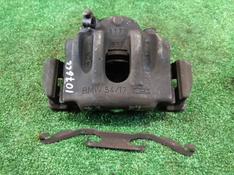 Суппорт Bmw Z3 E36 M44 B19 1995 передний левый FL под невентилир диск D=285 мм