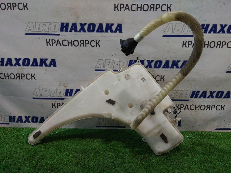 Бачок омывателя Bmw 120I E87 N46B20B 2004 61677068996 без моторчиков, с горловиной и крышкой