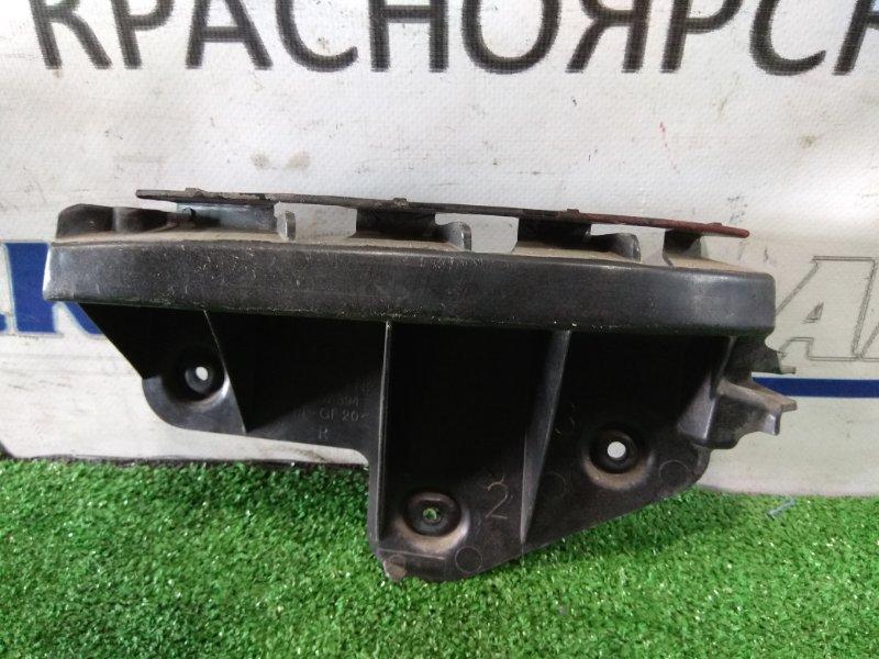 Клипса бампера Audi A3 8P AXW 2003 задняя правая 8P3807394 RR