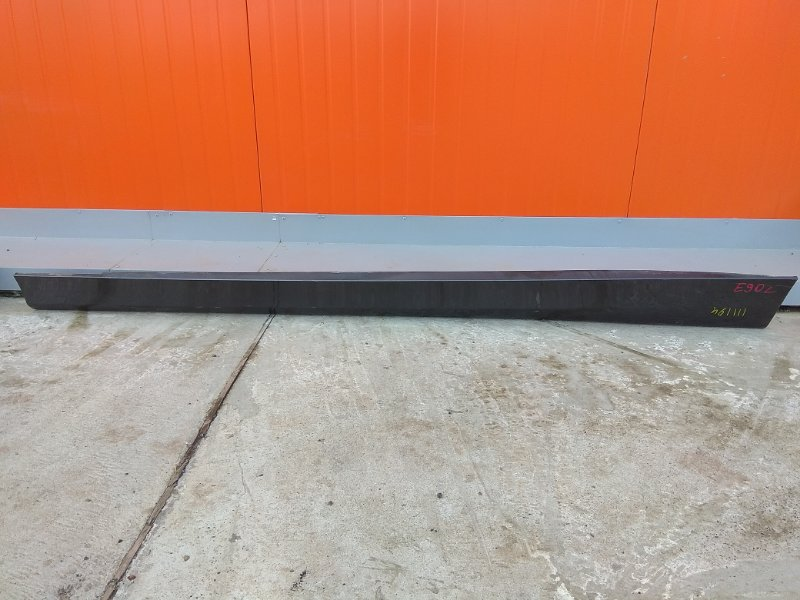 Порог Bmw 320I E90 N46B20 2004 левый 1 мод. графит металлик ( код A22 ), глубокие царапины *