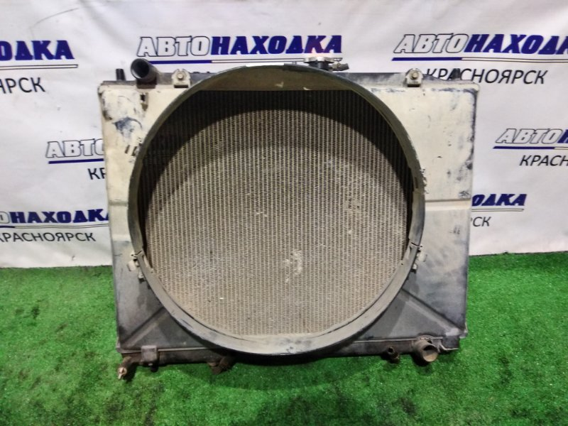 Радиатор двигателя Mitsubishi Pajero V73W 6G72 1999 А/Т+дифузор