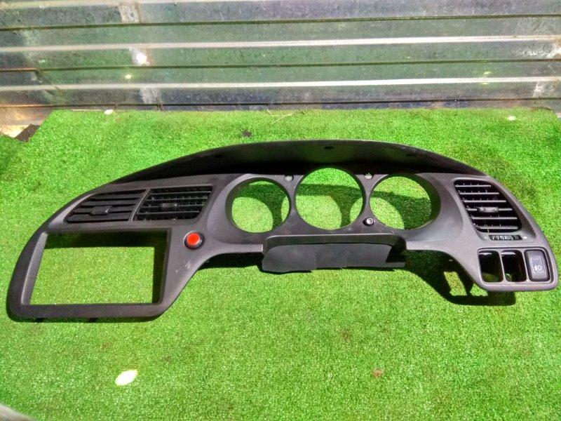Козырек панели приборов Honda Accord CF3 F18B 77200-S0A-0130 + кнопка аварийки. Консоль во круг