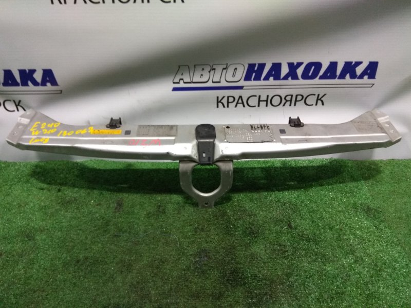 Рамка радиатора Mercedes-Benz E240 210.061 112.911 1995 передняя верхняя верхняя часть рамки радиатора, 1