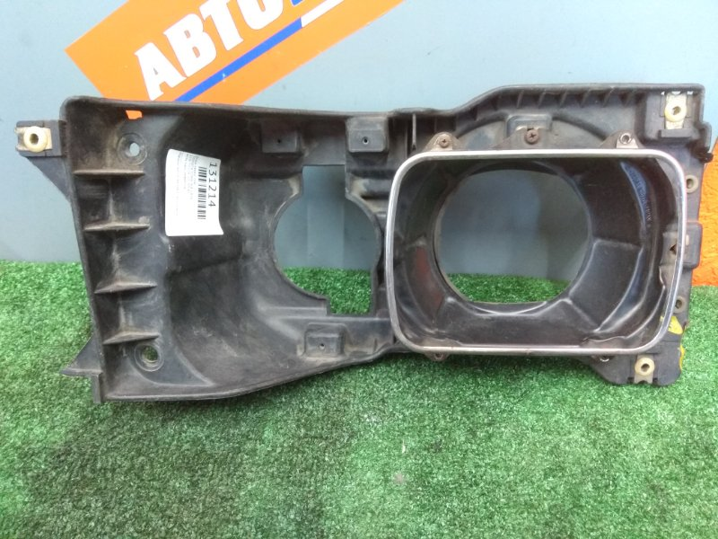 Очки Toyota Town Ace CR36G передние левые 110-75524, 10-70541 есть пару дефектов