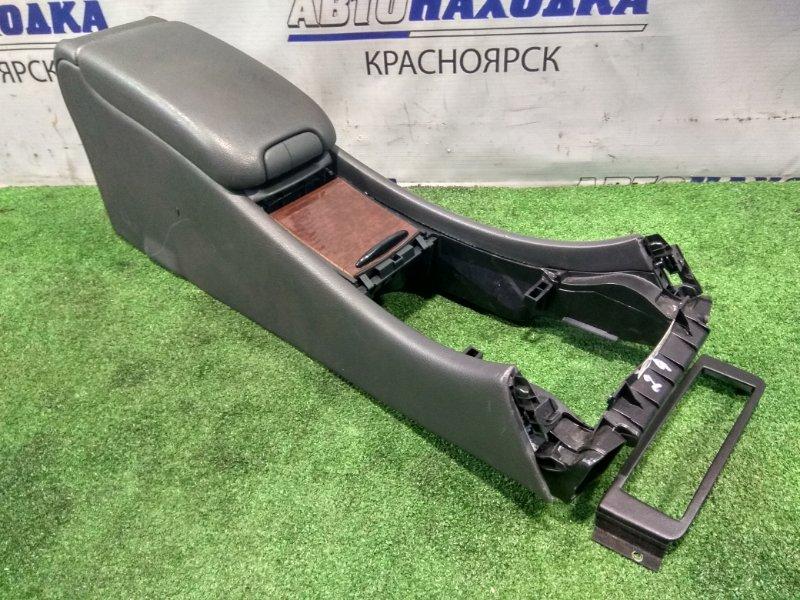 Бардачок Mercedes-Benz C240 203.061 112.912 2000 консоль между передних сидений с