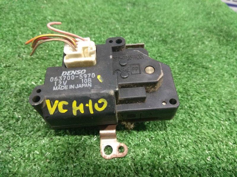 Привод заслонок отопителя Toyota Granvia VCH10W 5VZ-FE 1999 063700-5970 5 контактов