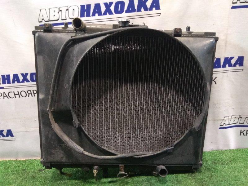 Радиатор двигателя Mitsubishi Challenger K97WG 4M40 1996 А/Т с диффузором