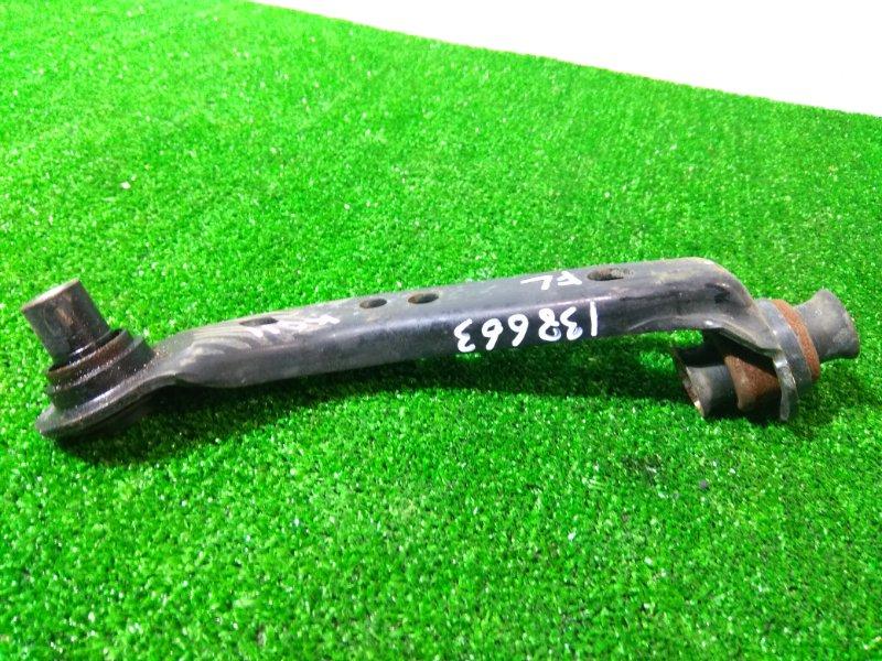 Крепление балки подвески Nissan Bluebird Sylphy KG11 MR20DE 2005 переднее правое нижнее кронштейн