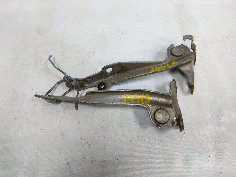 Кронштейн капота Toyota Funcargo NCP20 2NZ-FE 1999 53410-52010, 53420-52010 пара , серебро
