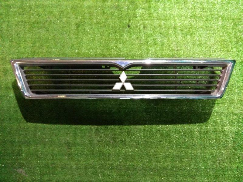 Решетка радиатора Mitsubishi Eterna E32A 4G37 MB662133